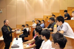 KDU Penang University College students are taught by qualified and experienced full time lecturers