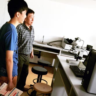 EduSpiral talked to my mother and took us to meet up with the Head Lecturer to explain the course in detail to us. After the campus tour, we decided to join the college. Chang Jing, Diploma in Mechanical Engineering, HELP College of Arts & Technology