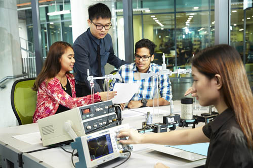 Top 8 Engineering Courses to Study in Malaysia
