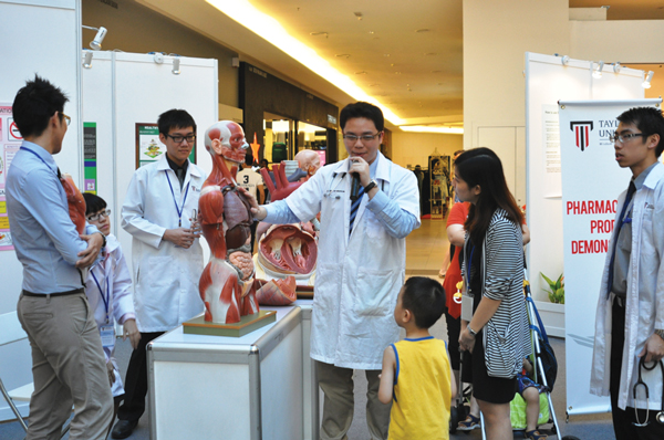 Studying Medicine / MBBS at Private Universities in Malaysia and the Entry Requirements & Salary