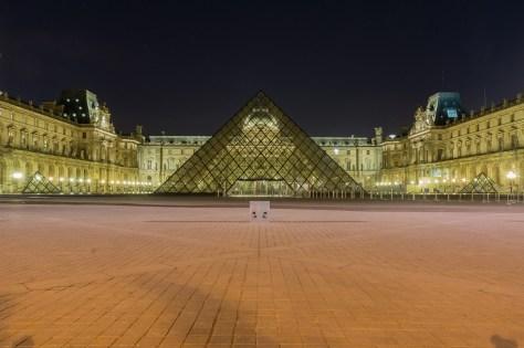 Paris-louvre-1000px