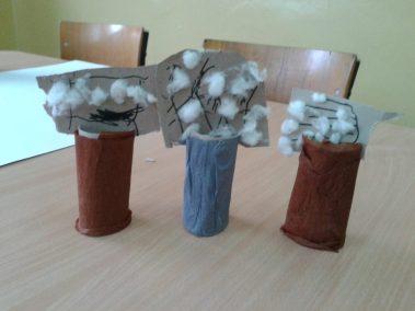 Bazie z rolki i waty Marlena Wrońska Prace plastyczne Prace plastyczne (Wielkanoc) Rośliny (Prace plastyczne) Wielkanoc (Prace plastyczne) Wiosna (Prace plastyczne)