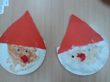 Mikołaje z papierowych talerzyków Kreatywnie z dzieckiem Marlena Wrońska Mikołajki Prace plastyczne Święta Zima