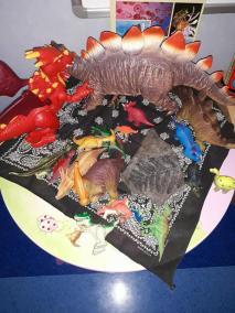 Wystawka, ozdoba i dekoracja na Dzień Dinozaura Dzień Dinozaura Małgorzata Wojkowska Prace plastyczne Prace plastyczne (Dzień Dinozaura)