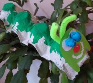 Gąsienice z wytłaczanki do jajek Dominika Kobylak Jesień Jesień (Prace plastyczne) Lato Prace plastyczne Prace plastyczne (Dzień Zwierząt) Prace plastyczne (Jesień) Prace plastyczne (Lato) Prace plastyczne (Na wsi) Światowy Dzień Zwierząt Wiosna (Prace plastyczne) Zwierzęta (Prace plastyczne)