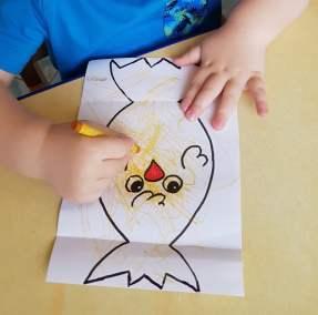Kurczaki wielkanocne - wyklejanka Dominika Kobylak Prace plastyczne Prace plastyczne (Wielkanoc) Wielkanoc (Prace plastyczne)