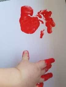 Krokusy z rączek Dominika Kobylak Dzień Babci i Dziadka Dzień Rodziny Prace plastyczne Prace plastyczne (Dzień Babci i Dziadka) Prace plastyczne (Na wsi) Rośliny (Prace plastyczne)