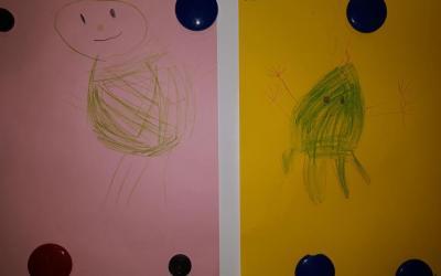 Ufoludek rysowany przez dzieci na podstawie rymowanki