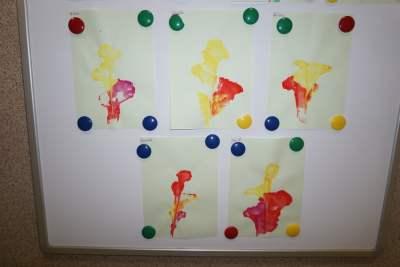 Kwiaty nitką malowane Dzień Mamy Dzień Rodziny Małgorzata Wojkowska Prace plastyczne Prace plastyczne (Dzień Mamy) Prace plastyczne (Dzień Rodziny) Prace plastyczne (Na wsi) Rośliny (Prace plastyczne) Wiosna