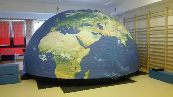 Dzień Kosmosu - karty pracy Dzień Kosmosu Dzień Lotnictwa i Kosmonautyki Kreatywnie z dzieckiem Małgorzata Wojkowska