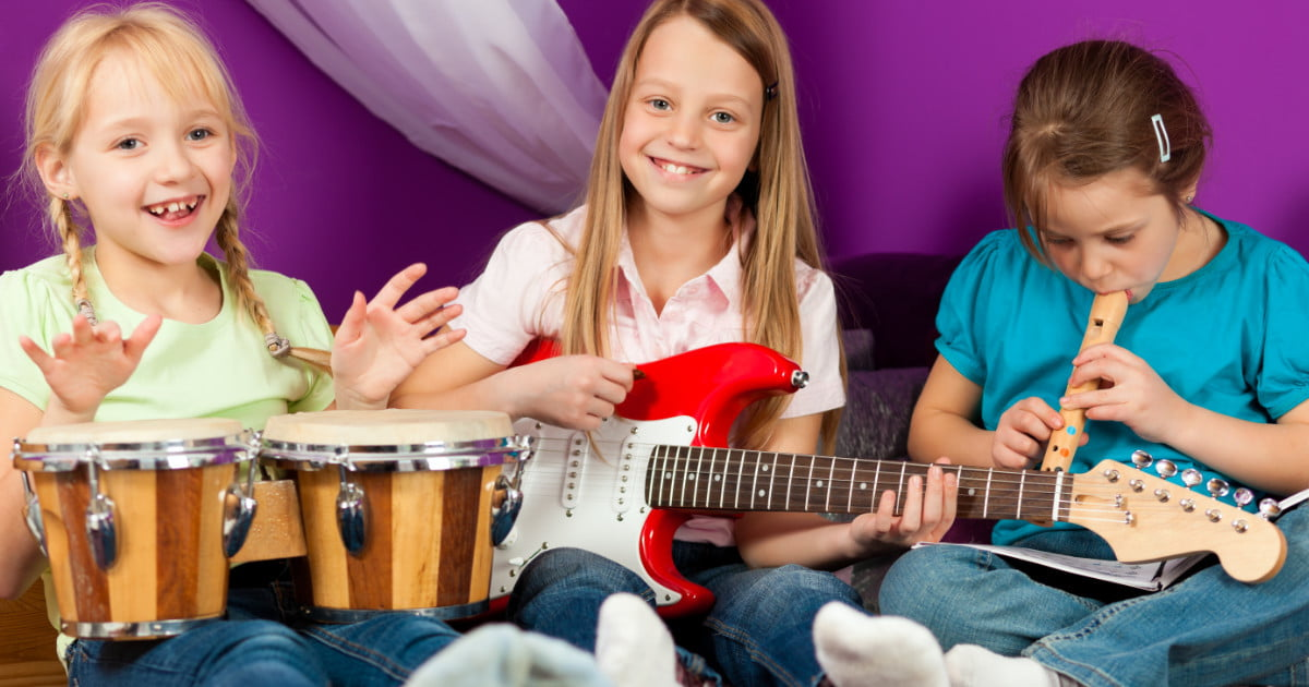 15 domowych instrumentów muzycznych dla dzieci, które wykonasz w domu