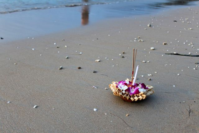 Loi Krathong Festival, Nai Yang Beach