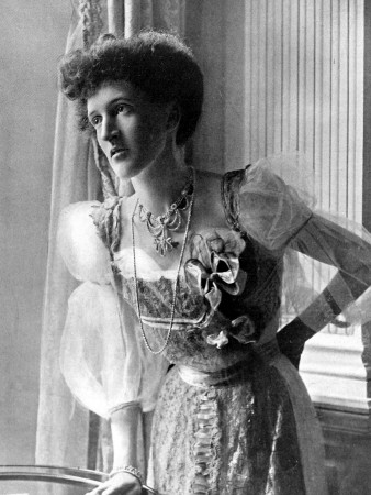 Margot Asquith in 1905