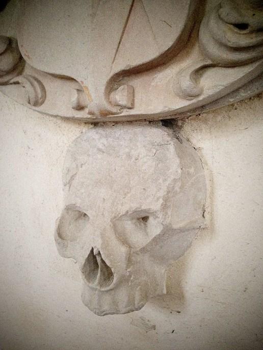 mrj_skull