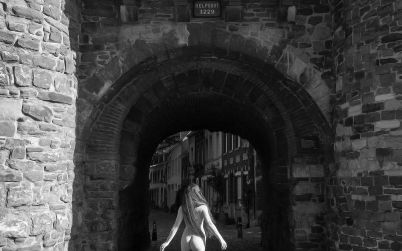 Sensual in the City Maastricht: Gate to Hell Walk In