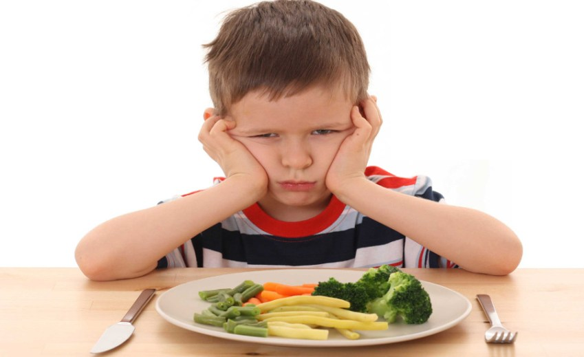 invogliare-bambini-mangiare-verdure-dottoressa-edy-virgili
