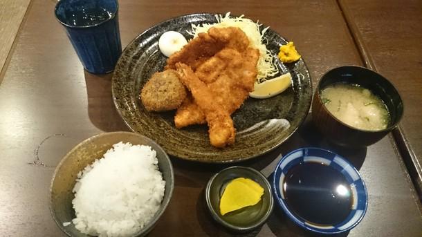 藤彦ササミと海老のフライ定食