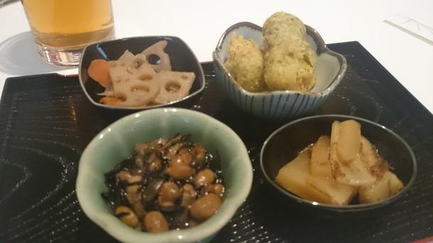 まほろば日替わり定食小鉢4種