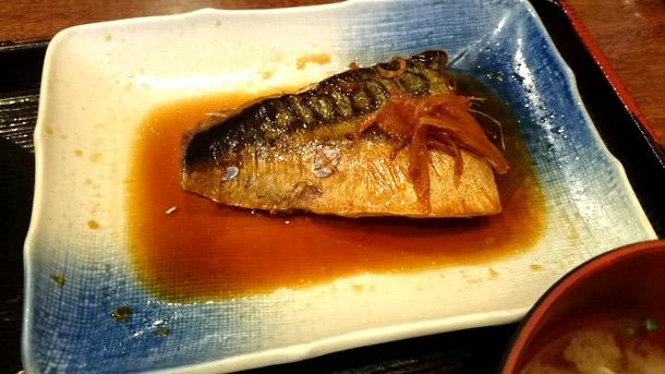 串料理たまき鯖煮付け