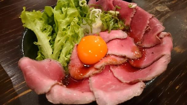肉タレ屋ローストビーフ丼中