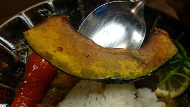 創作カレー専門店HIROYA野菜は素揚げ