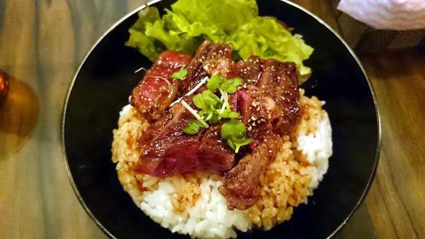 ステーキ丼(並)