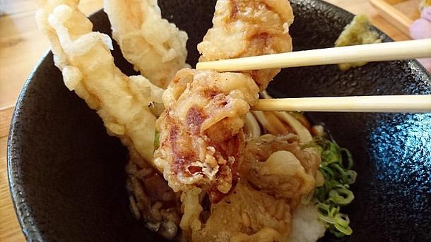 鶏天をトッピング70円