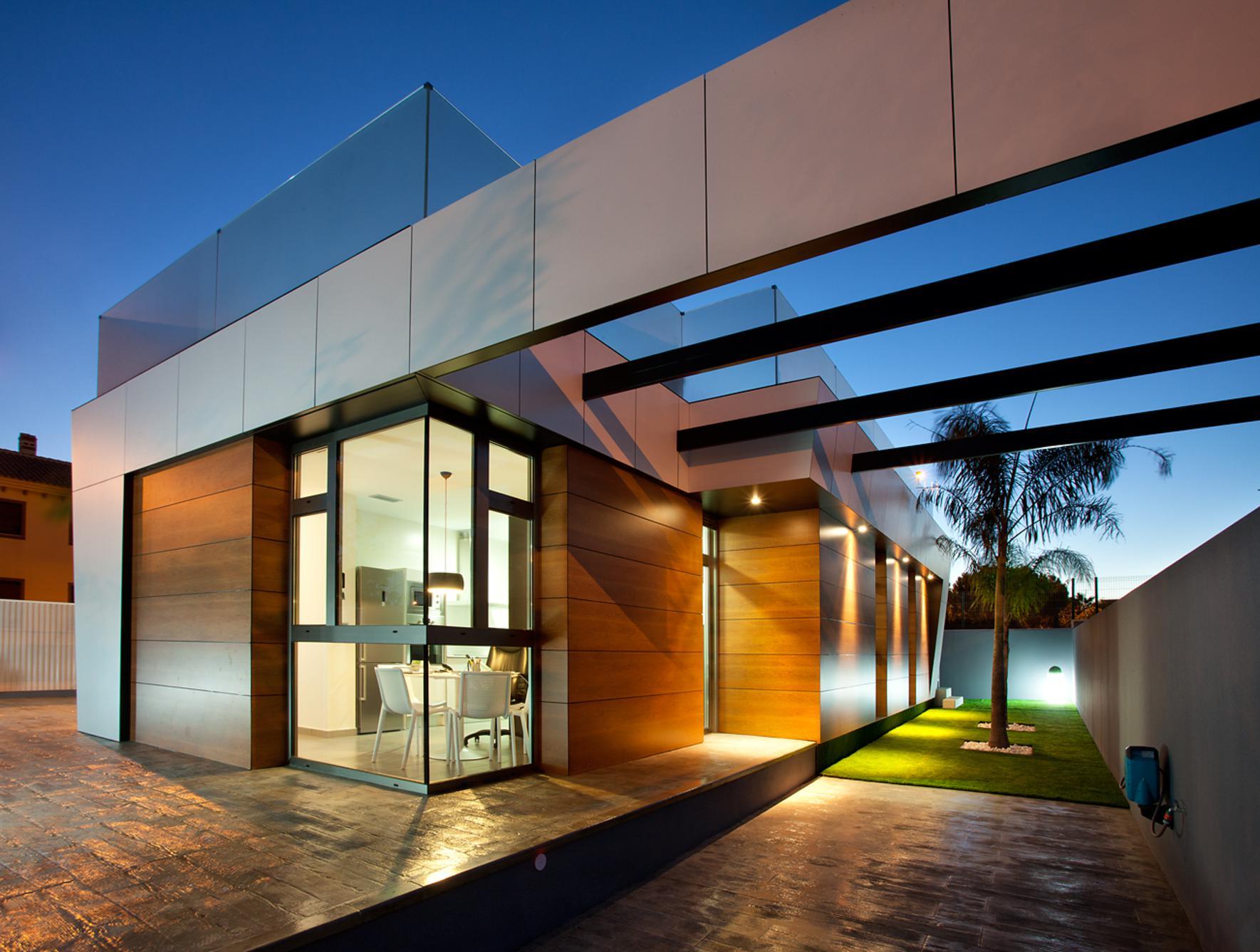 Amazing modern houses - choice of ee24.com - EE24 on Amazing Modern Houses  id=45977