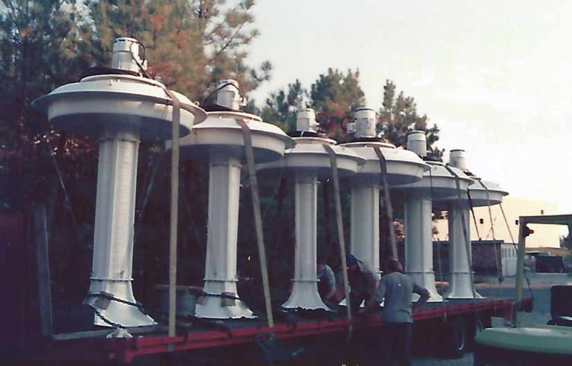 floating aerators loaded on truck
