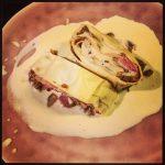 Rollade van verse pasta met witloof en ham en kaassaus