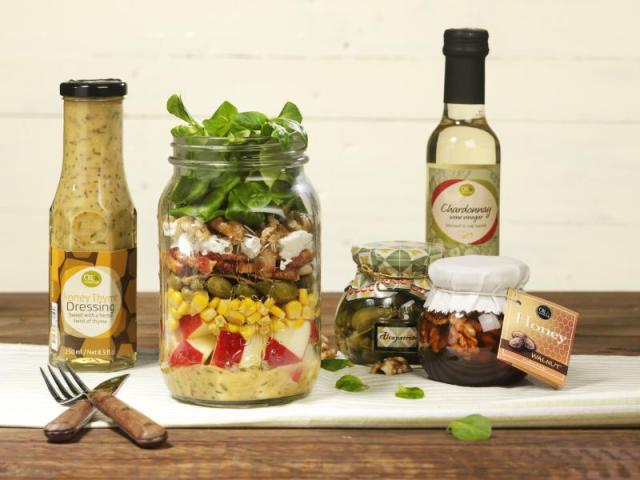 Oil & Vinegar classic salad in a jar