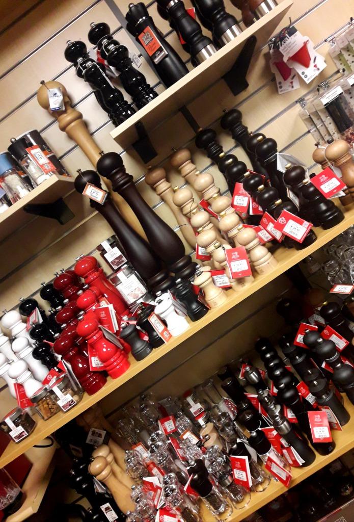 Ria's Kookwinkel pepermolens winkel2 / www.eenlepeltjelekkers.be