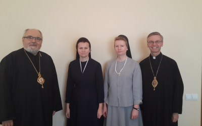Photos: Bishop David and Metropolitan Lawrence visit Hope of Home, Lviv.