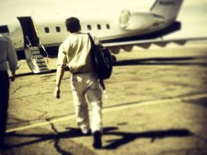 walking-to-plane