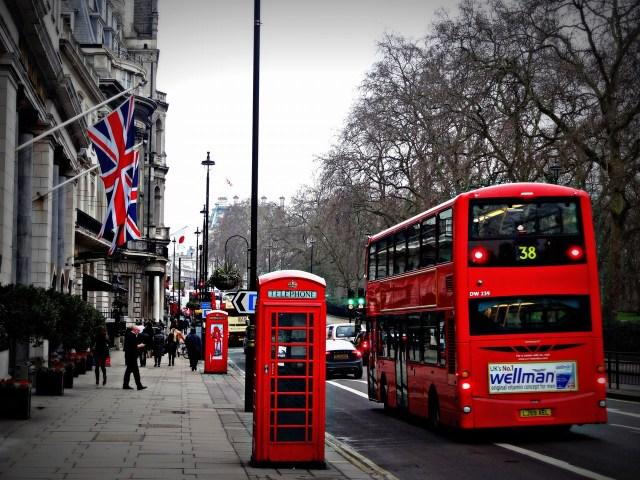 Inglismaal valmistutakse 3 kuud kestvaks karantiiniks kuni juunikuuni välja