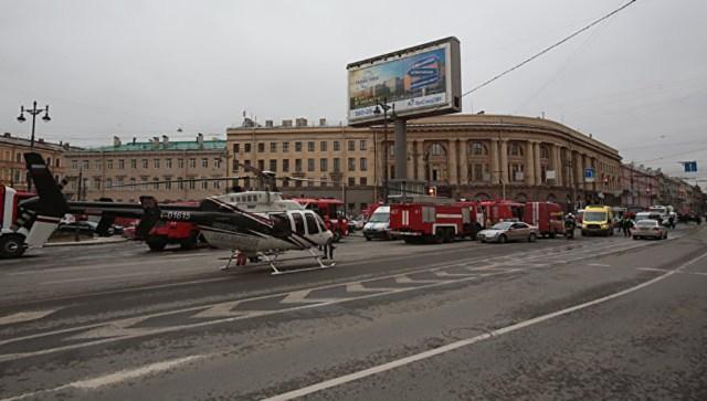 Peterburi õnnetuspaigalt evakueeriti kannatanuid kopteritega