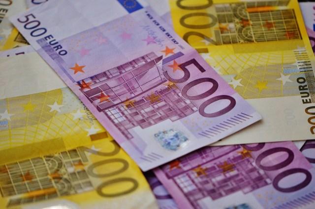 Eesti ja Ukraina mehi kahtlustatakse Soomes võltsitud dokumentide abil raha välja petmises