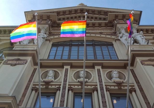 Soomes ründas mees inimesi ja ütles, et vihkab homosid