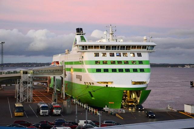 Tallink kärbib Tallinna-Helsingi liini graafikut