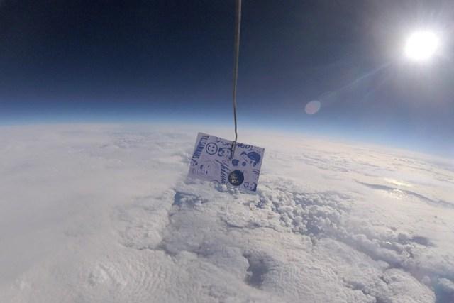 Soome 100 satelliit tõusis 30 km kõrgusele