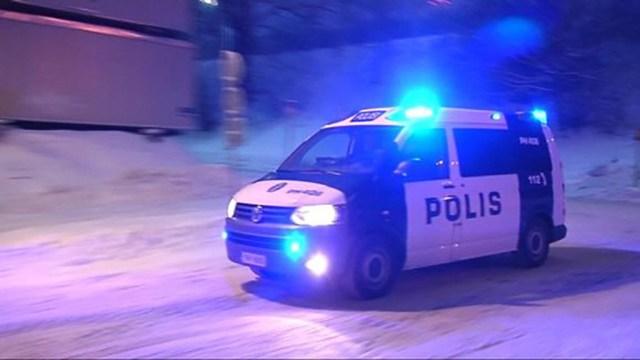 Soome isa jättis lapsed lumme kinni jäänud autosse magama, 3-aastane laps läks uitama