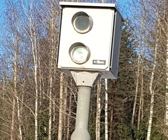 Politsei avaldas kümnete kiiruskaamerate asukohad. Vaata, kus need on!