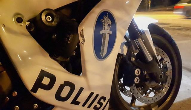 Kohus vangistas Helsingis mehe, kes jäi kahe nädala jooksul kolm korda joobes juhtimisega vahele