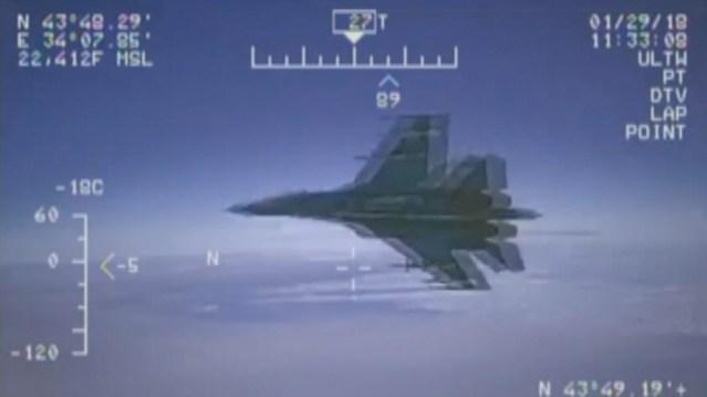 Rootsi: Vene lennukid on üha agressiivsemad, sõidavad 10 meetri kaugusele Rootsi lennukitest
