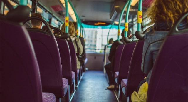 Bussijuht jättis lapse peatusse, kuna laps pakkus pileti eest raha, aga koroona tõttu juhid raha vastu võtta ei tohi