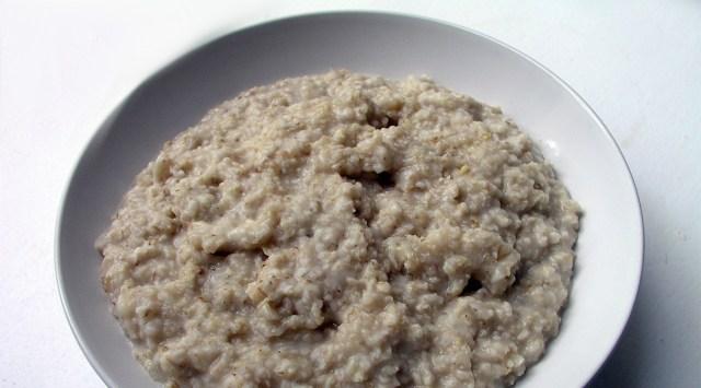 MIDA? Hommikune puder polegi täisväärtuslik toit, väidab Soome asjatundja