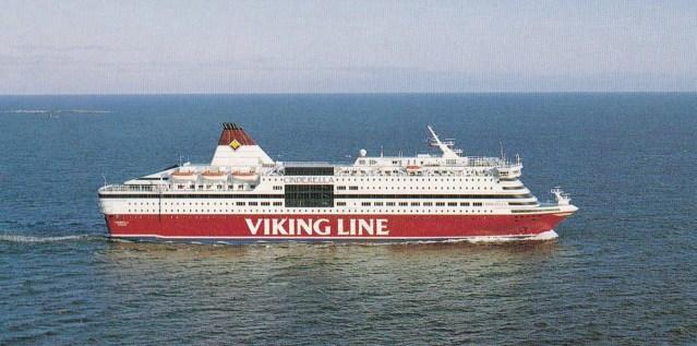 KUUM: Viking Line'i kruiisilaev on merel hädas tugeva tuulega, pardal on 1600 inimest