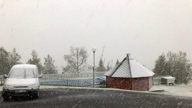 Rootsis tuli erakordselt varakult lumi maha