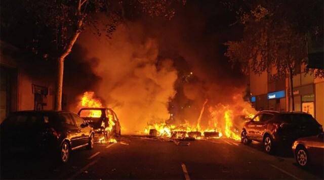 KUUM: Kataloonias on olukord kontrolli alt väljunud, politsei tulistab noorukeid kummikuulidega (lisatud hirmutav video, NB! nõrganärvilistele mittesoovitav!)