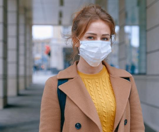 Soome kaupluste töötajatele on antud maskikandmise soovitus